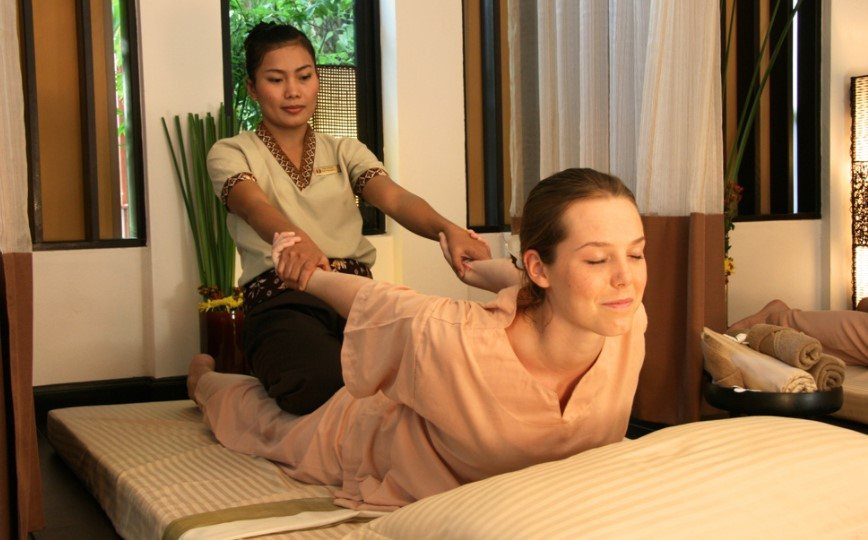 thai massage manipulation